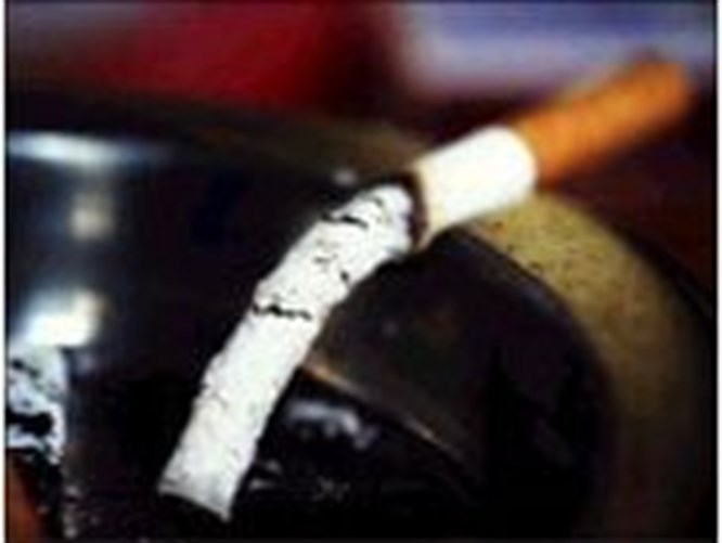 """Sigara """"fıtık"""" ediyor"""